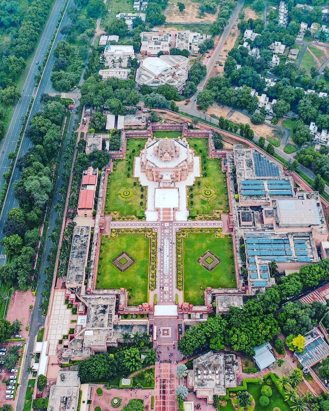 Aksardham Temple!  #lost #temple #temples #losttemple #losttemples #lost_temples...