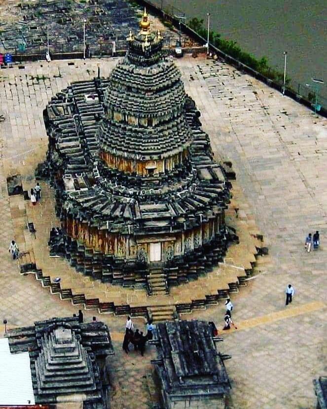 Amazing Vedic architecture photo Aerial view of Sringeri Vidyashankara Temple! ...