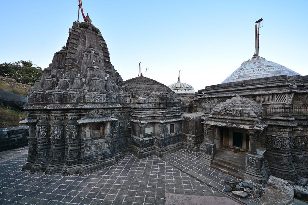 girnar temple gujrat