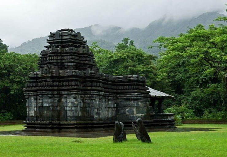 Mahadeva_Temple_TambadiSurla