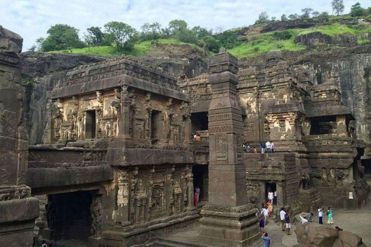 kailasa-temple-ellora