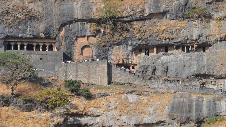Girijatmaj_Temple_Lenyadri_Pune